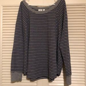 Blue/gray stripped thermal shirt